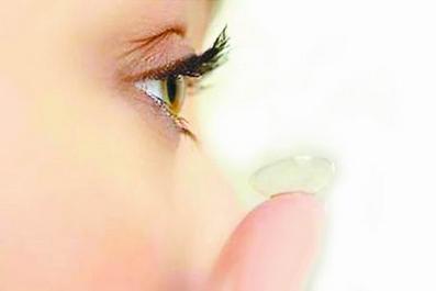 隐形眼镜佩戴者细菌感染几率大 正确护眼要了解