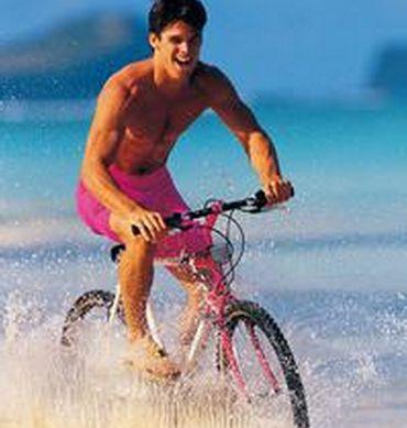 男人骑动感单车的健康效应