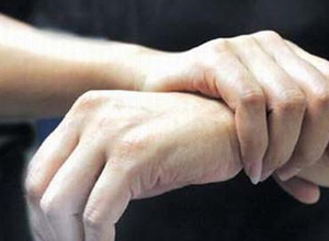 产后手指痛