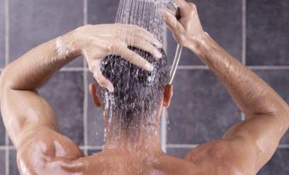 这样洗澡可有效缓解早泄 健康洗澡注意五点