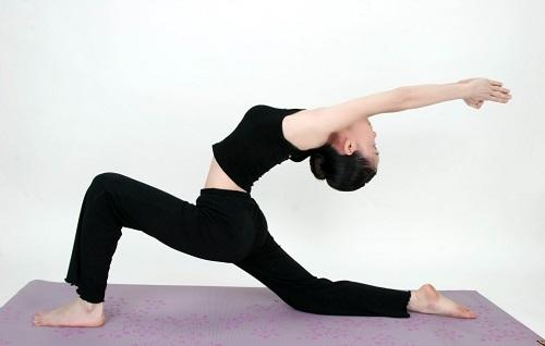 瑜伽也可以减肥? 这些瑜伽减肥动作你学会了吗