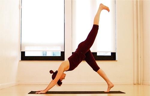 15分钟强效瘦身瑜伽 教你快速甩肥肉