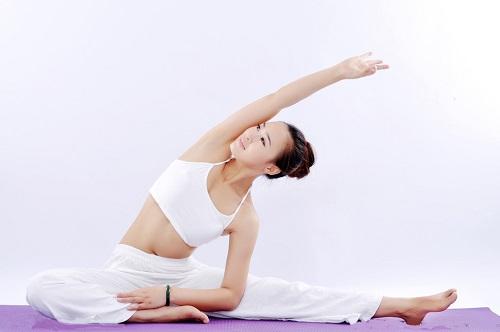 哪些瑜伽动作可以瘦身 瑜伽减肥动作立马学起来