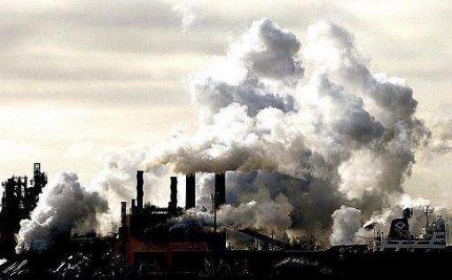 居住在空气污染严重的地区可能影响女性的乳房密度
