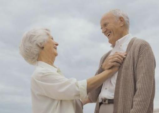 老年人性生活有何好处? 适合老年人的性爱体位
