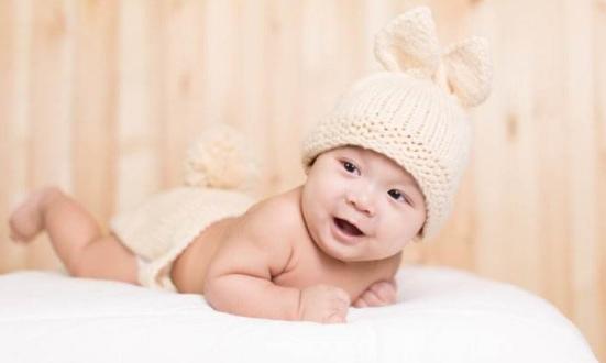 宝宝夏季痱子怎么护理 妈妈须知这些小窍门