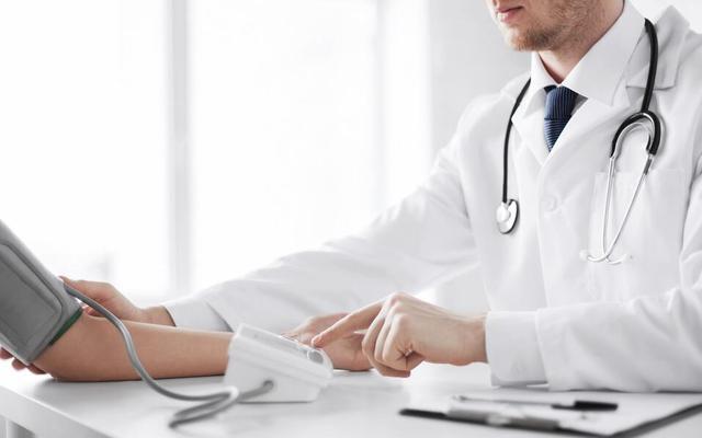山西出台防治慢性病中长期规划 35岁以上人群首诊要测血压