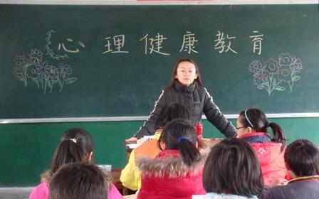 爱心教育迫在眉睫 如何培养出有爱心的孩子
