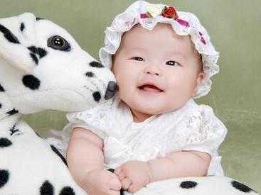 揭秘孩子没爱心的原因 如何培养孩子的爱心